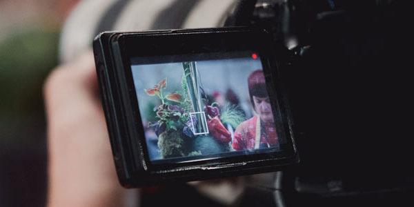 Imagen del equipo de Juanfran Audiovisual grabando un vídeo corporativo